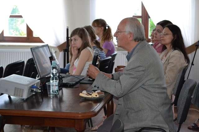 Prelekcję wygłosił Aleksander Załęski - full image