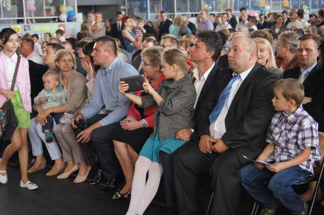 Podczas obchodów obecni byli radni gminy Wąsewo, pracownicy urzędu oraz mieszkańcy - full image