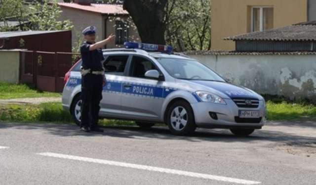 Wzmożone kontrole policji na drogach - full image