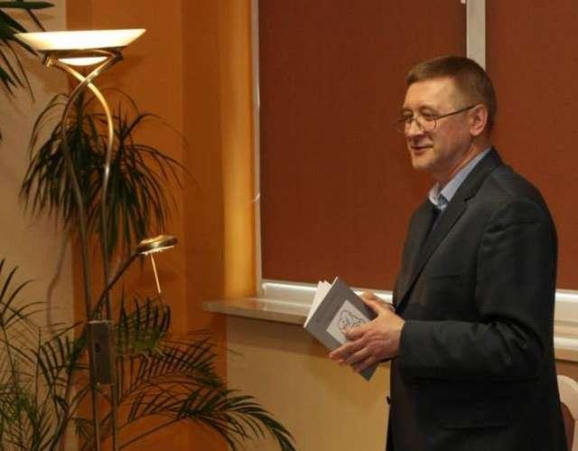 Między słowami — spotkanie z tłumaczem literatury niemieckojęzycznej - full image