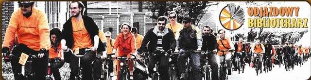 Bibliotekarze i rowerzyści łączą siły! Bo książka jest spoko - full image