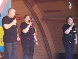 Na scenie zaprezentowało się wielu wykonawców, m.in. podopieczni ŚDS z Ostrowi