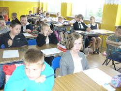 Uczniowie klas I-III rozwiązali matematyczne zadania
