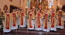 Uroczysta Msza święta z okazji 50 lecia kapłaństwa odbyła się w katedrze w Łomży