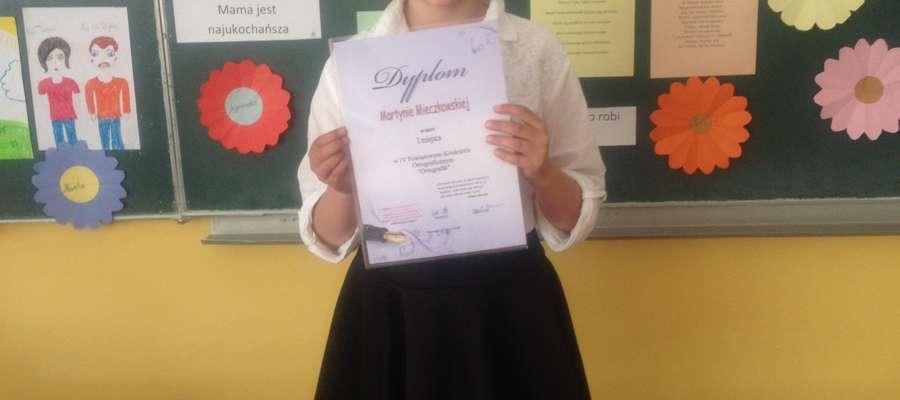 Pierwsze miejsce zajęła uczennica Martyna Mieczkowska z kl.III. ze Szkoły Podstawowej im. Mikołaja Kopernika  we Fromborku