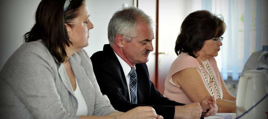 Burmistrz Zbigniew Nosek obiecał odpowiedzieć na piśmie