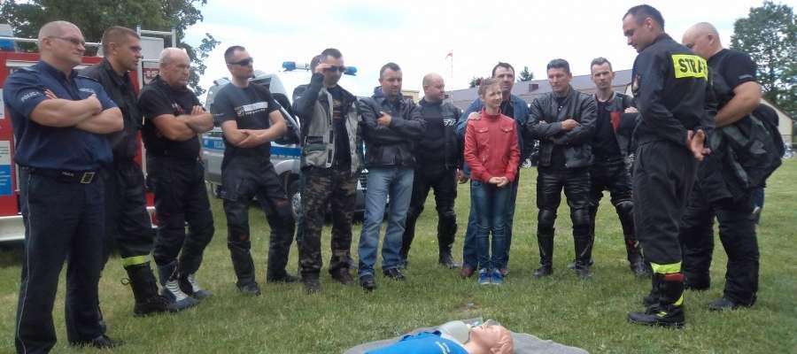 Motocykliści uczyli się udzielania pierwszej pomocy