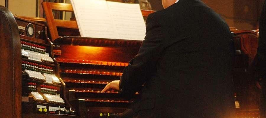 Koncerty będą się odbywać co niedzielę o godz. 14.15 we fromborskiej archikatedrze