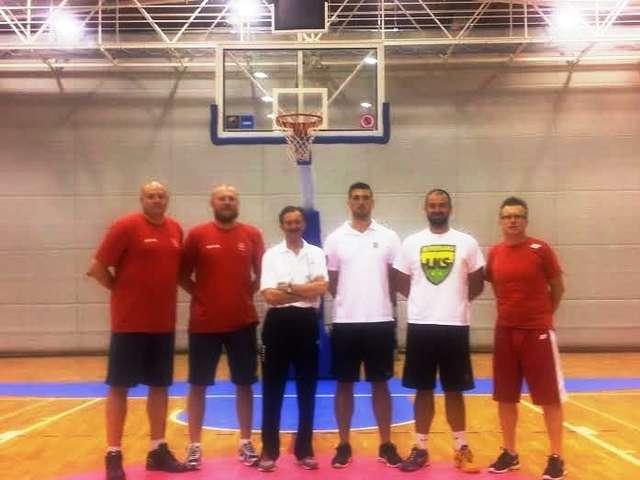 Trener LKS Ostrowianka, Grzegorz Szydło, uczył się od najlepszych - full image