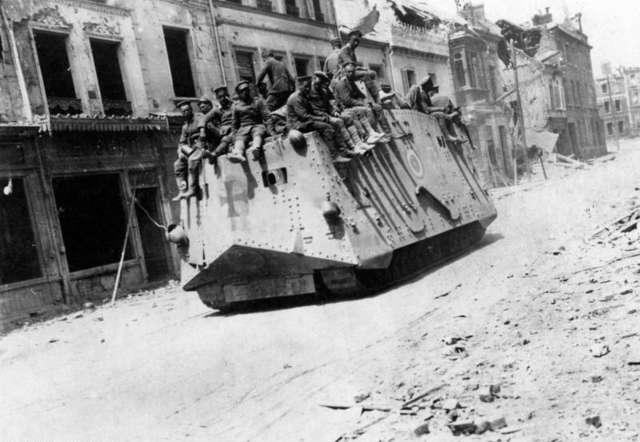 Z kart historii... Sto lat temu wybuchła I wojna światowa - full image