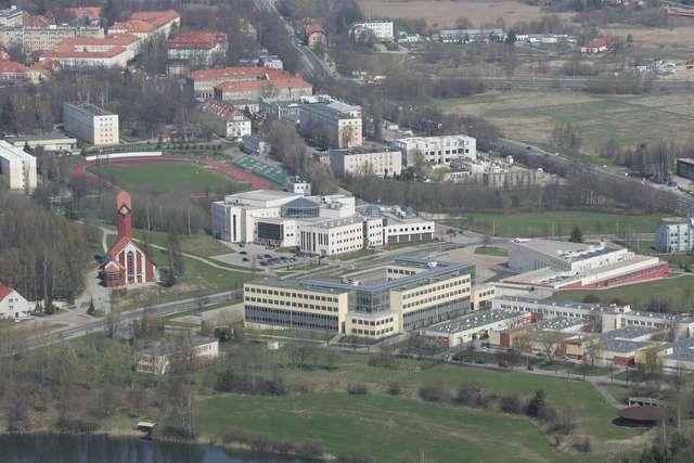 Wszystkie problemy UWM. Jaki los czeka olsztyńską uczelnię? - full image