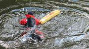 Mężczyzna wpadł do rzeki Wadąg. Omal nie utonął