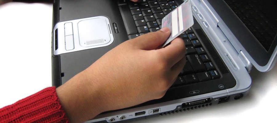 Dobrze wybrana karta kredytowa może nam przynieść wiele korzyści.