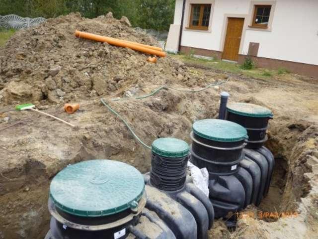 Do końca października w gminie Ostrów Maz. ma przybyć ponad 100 kolejnych przydomowych oczyszczalni ścieków - full image