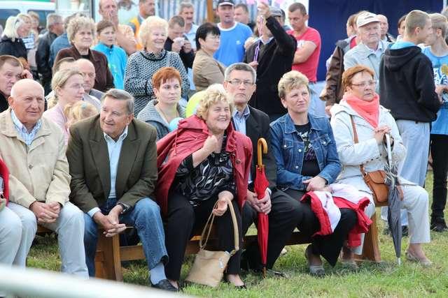Do Ugniewa 17 sierpnia przybyło wielu mieszkańców powiatu - full image