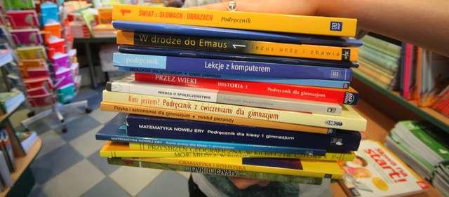 Porównaj ceny zanim kupisz podręczniki!  - full image
