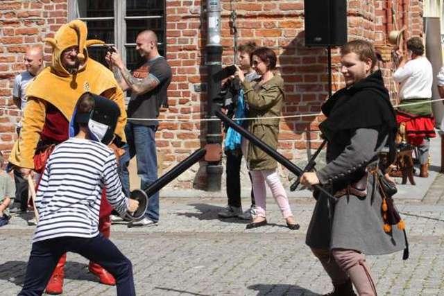 Średniowiecze na starówce. Zobacz zdjęcia i filmy! - full image