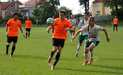 III liga piłkarska. Concordia Elbląg wygrała z MKS w Korszach 2:1