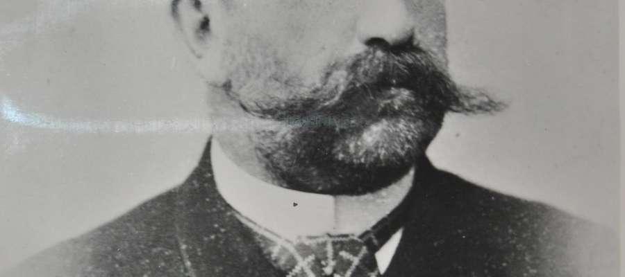 Józef Około - Kułak dziedzica Bieżunia