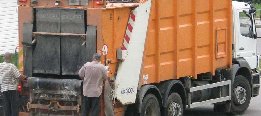 W gminie Szelków są cztery trasy, na których odbierane są odpady