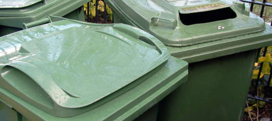 Żeby uniknąć niepotrzebnych dodatkowych kosztów, za śmieci trzeba płacić w terminie