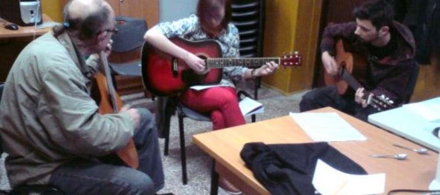 W karniewskim GOK-u odbywają się warsztaty muzyczne