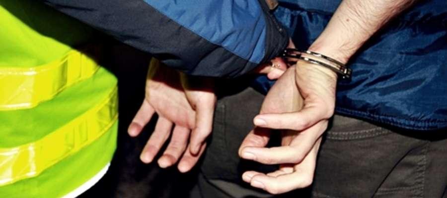 Sprawców zuchwałej kradzieży sejfu na razie czeka dwumiesięczny areszt