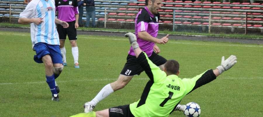 Piotr Trafarski strzelił Drwęcy dwa gole, ale mimo to MKS przegrał w Nowym Mieście Lubawskim.