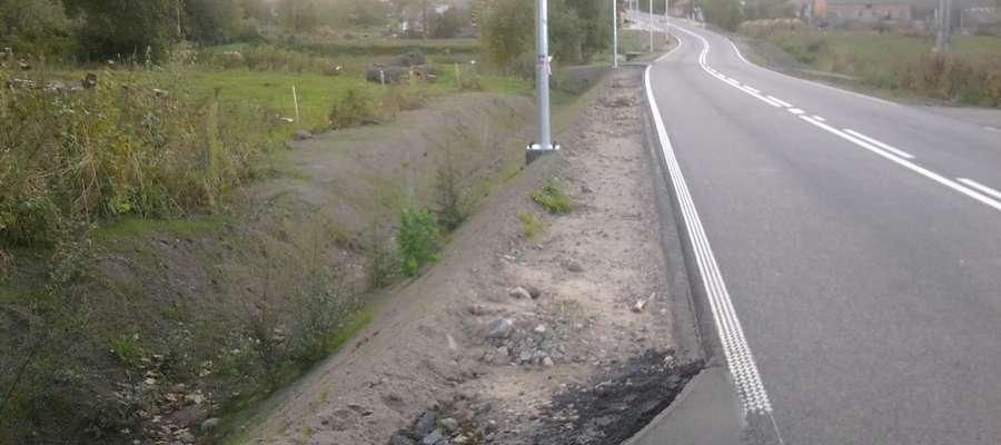 Gdzie jest obiecany chodnik? - pytają mieszkańcy Swędkowa