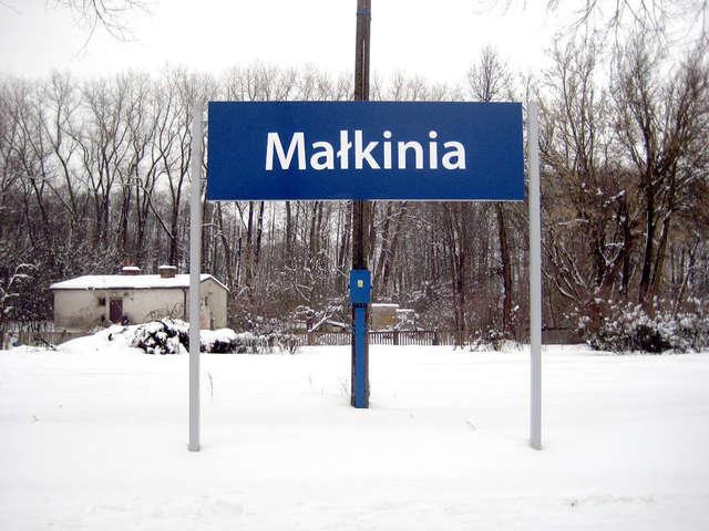 Ruszył protest przeciwko likwidacji stacji PKP Małkinia - full image