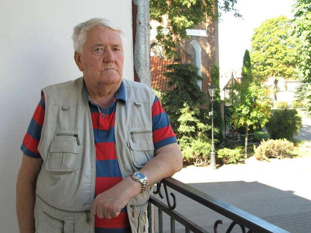 Tadeusz Bublewicz: — Zapakowali nas na samochód, matka chwyciła  jeszcze trochę mięsa z wielkanocnego stołu. Nie wiedzieliśmy  absolutnie dokąd jedziemy - full image