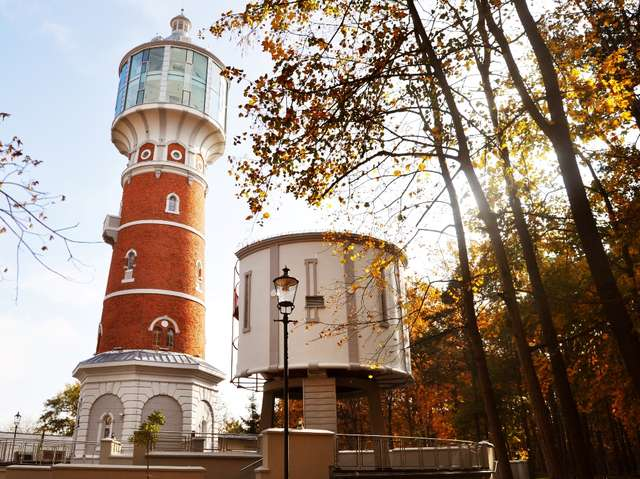 Dawna wieża ciśnień jest obecnie atrakcją turystyczną Pisza - full image