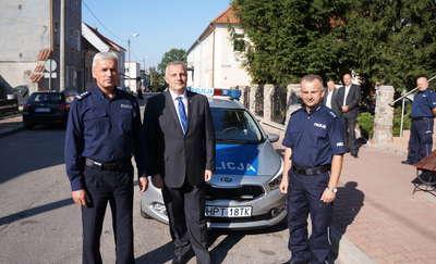 Nowe radiowozy w Barczewie i Biskupcu