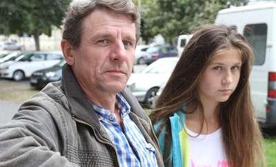 12-latka traci wzrok i czeka na wizytę u okulisty