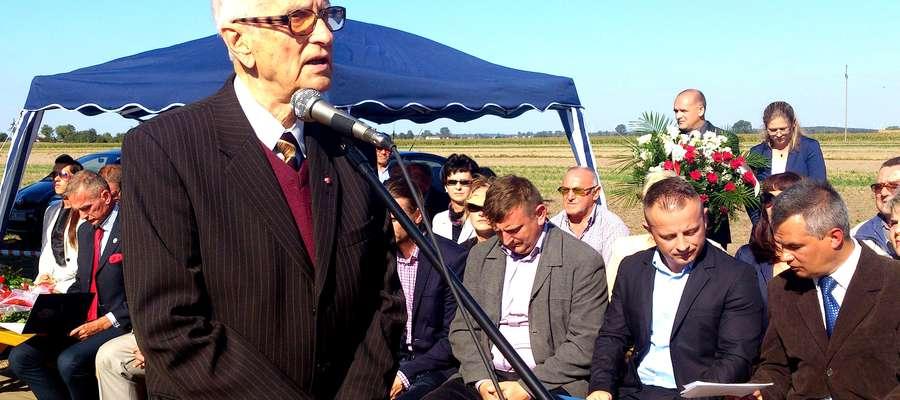Profesor Ryszard Juszkiewicz przypomniał zebranym powstańczą martyrologię