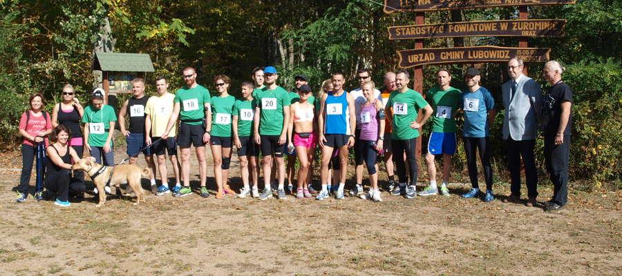 Uczestnicy pierwszego bieguna 10km w powiecie żuromińskim
