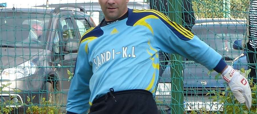 Andrzej Lewandowski, niezwykle doświadczony bramkarz Czarnych Rudzienice jest niepokonany od 450 minut!