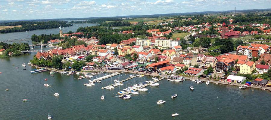 Mikołajki - jedno z najpopularniejszych mazurskich centrów turystycznych