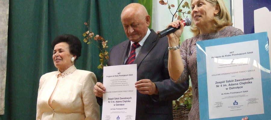 Zespół Szkół Zawodowych nr 4 dołączył do Klubu Przodujących Szkół po innych miejskich placówkach, tj. SP nr 1, SP nr 2, SP nr 10, czy ZS nr 5.