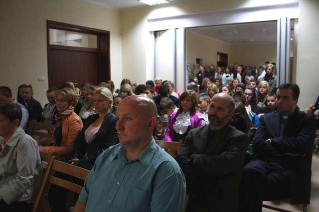 Sympozjum cieszyło się dużym zainteresowaniem mieszkańców powiatu.  - full image