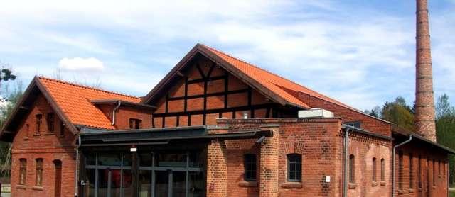 Muzeum Nowoczesności powstało w tartaku Raphaelsohnów - full image