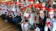 Ślubowanie pierwszaków w szkole w Zajączkowie