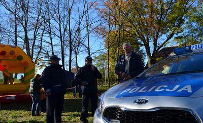 Policjanci otrzymali nowy radiowóz