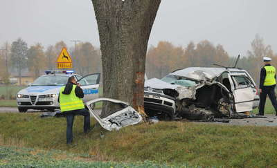 Policjanci poszukują świadków śmiertelnego wypadku