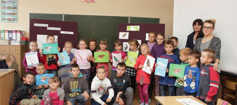 Europejskie Dni Ptaków2014 w naszej szkole odbyły się 3 października. Do akcji przystąpili uczniowie klasy I pod opieka Anny Rutkowskiej oraz uczniowie klasy IV pod opieką Anetty Majewskiej
