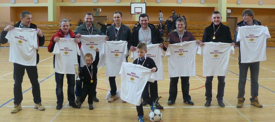 Mistrzostwo 2013/14 Suskiej Ligi Futsalu zdobyła drużyna Mix Electronics Iława
