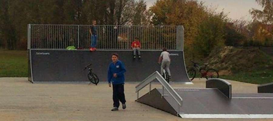 Skatepark przy stadionie jest już otwarty