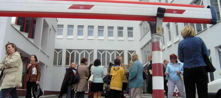 W 2004 roku po trzęsieniu ziemi ewakuowano ludzi i pracowników budynku Europa Center. Istniało podejrzenie, że doszło do uszkodzeń konstrukcji budynku.
