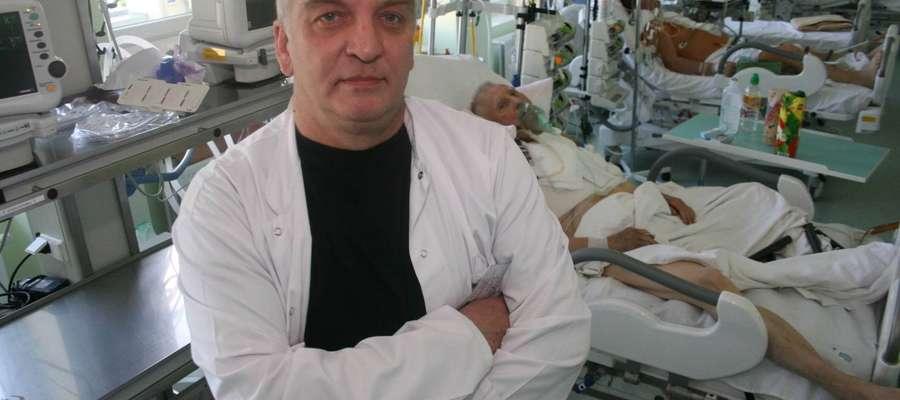 dr Piotr Żelazny