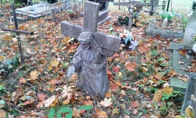 Urodzony na Kresach, pochowany na Prusach - full image